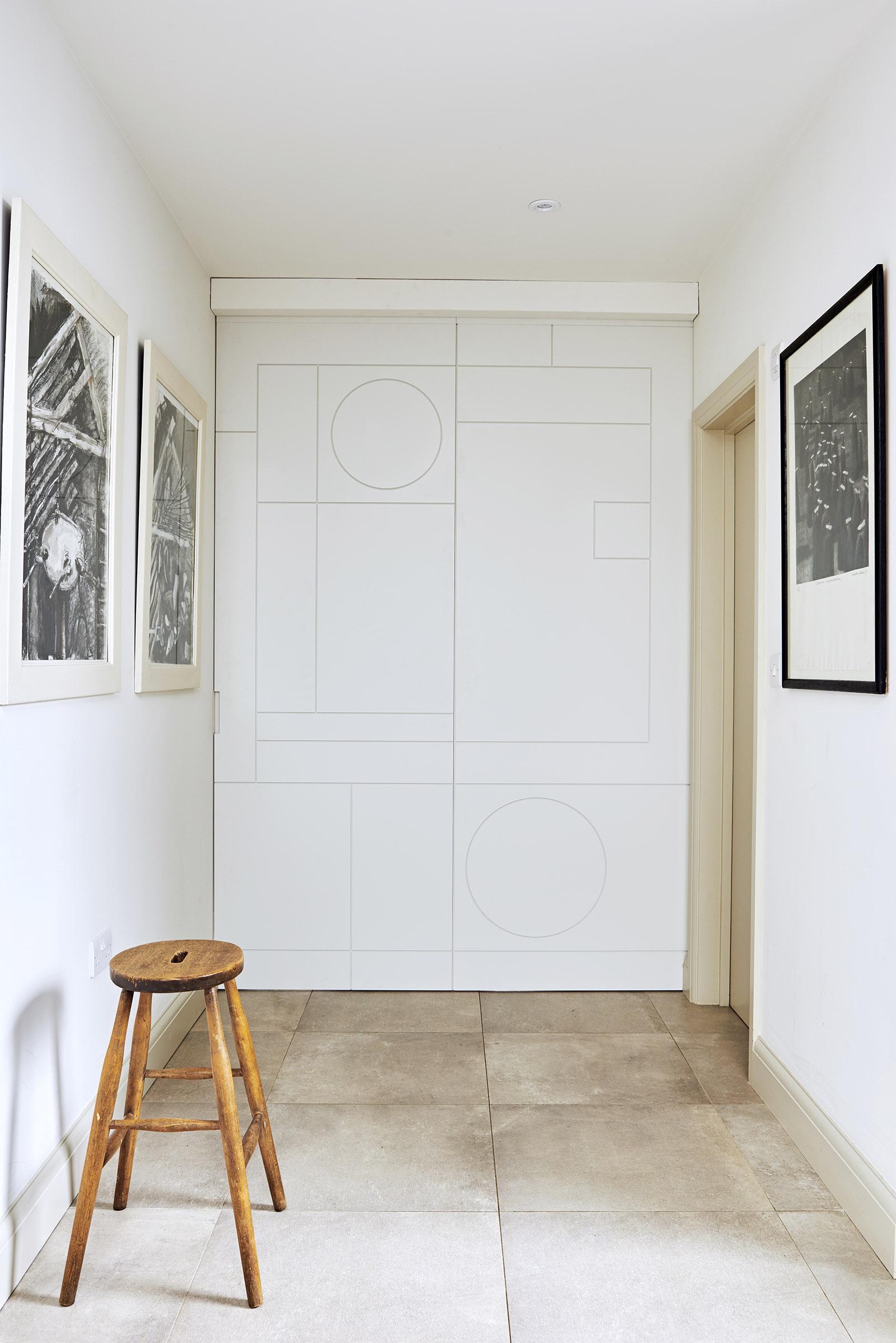 bespoke-sliding-door-kitchen-closed