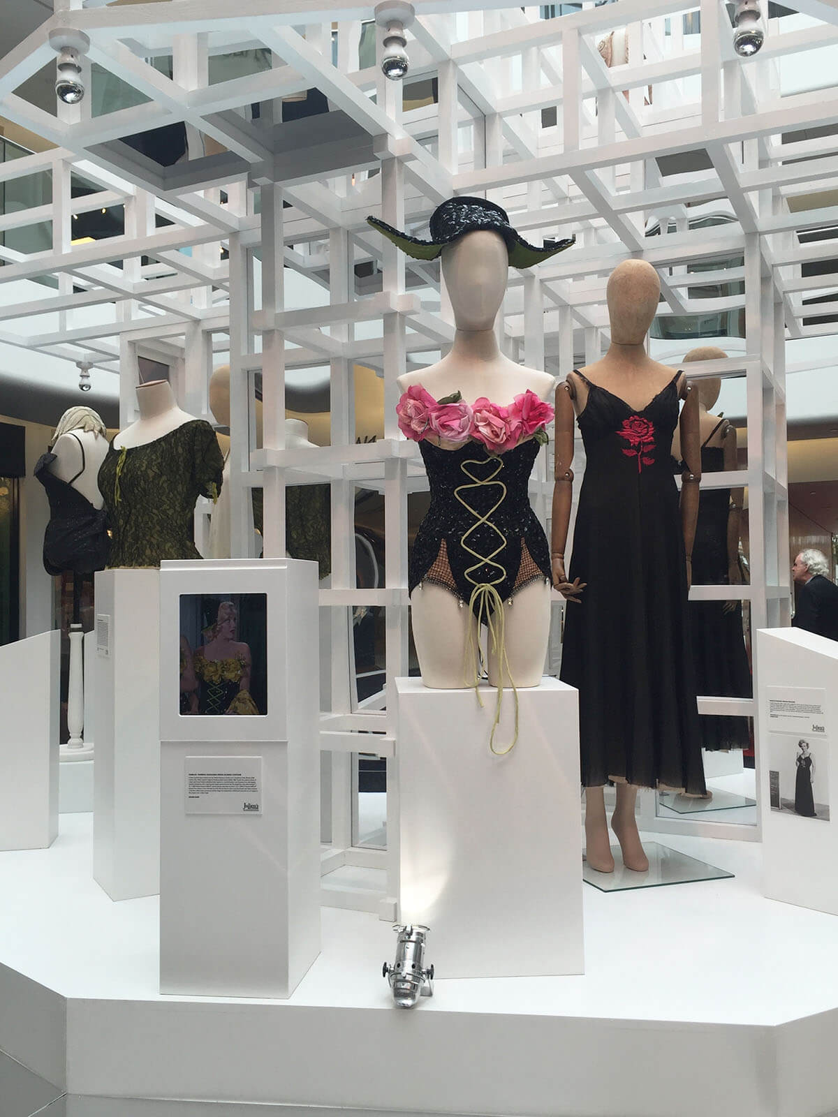 Life-style-5-6-dress1