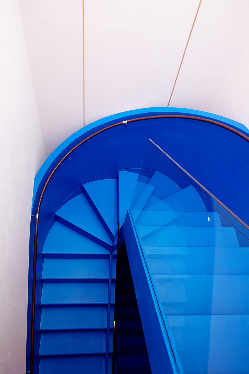create-bespoke-beauty-stairs