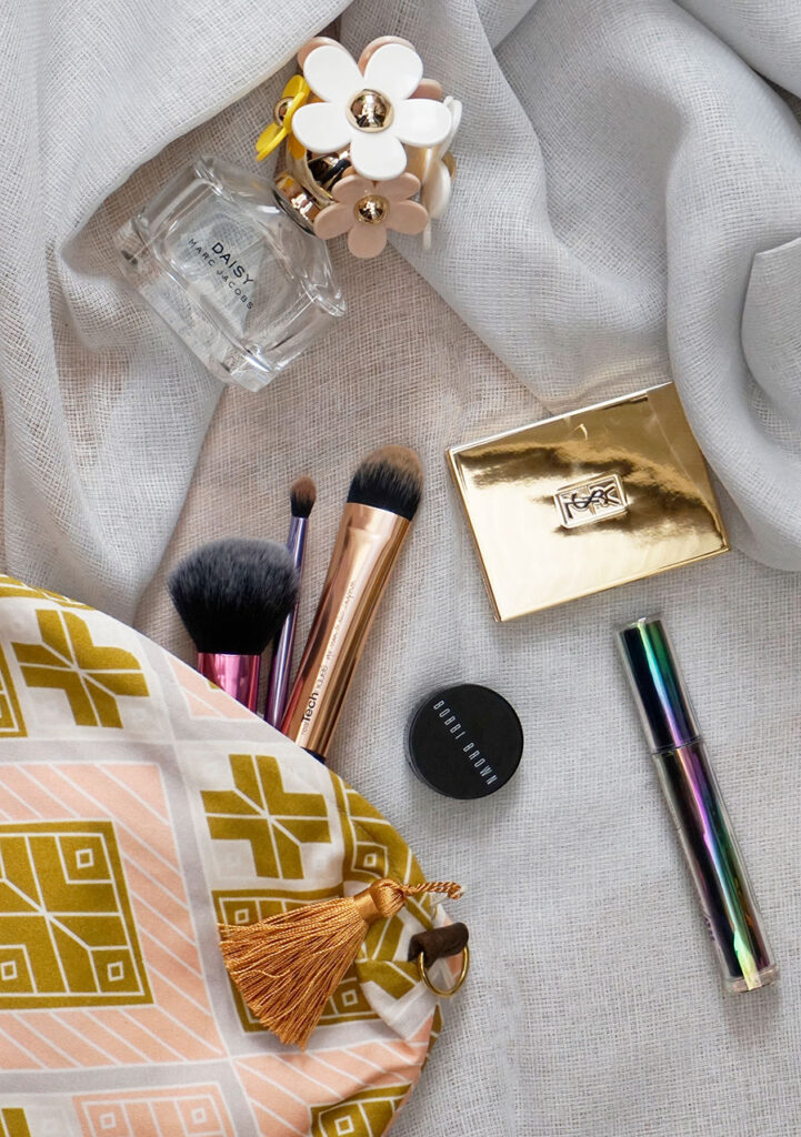 Make-up bag giveaway