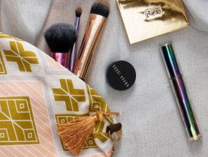 make-up travel bag