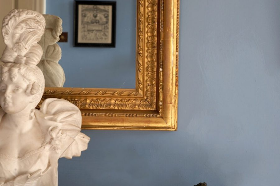 ideas for decorating with blue